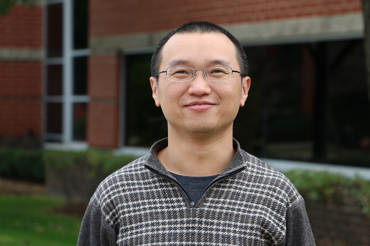 Wenhua Peng